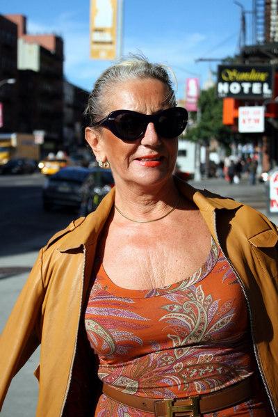 性感老妇_与年龄无关,老年人时尚街拍系列之老太太篇 2