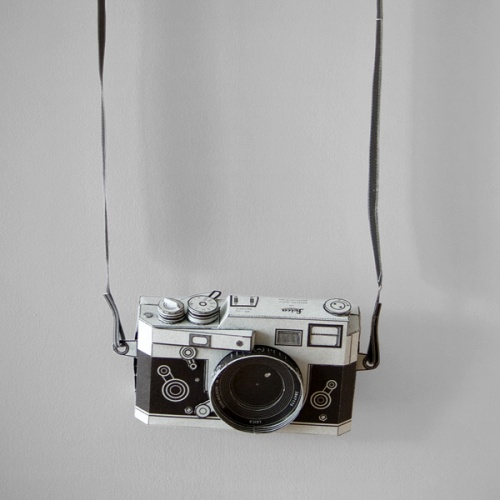 A4纸上大文章,徕卡相机随手得 | 理想生活实验