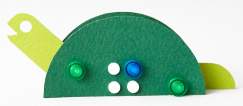 只要利用打孔机,硬纸和乐高积木,你就可以随心所欲地设计出各种造型.