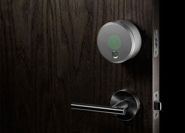 August Smart Lock 智能门锁 用手机就可以开门