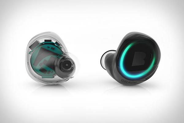 整合智能穿戴设备功能,BRAGI 打造全球首款无线智能入耳式耳机 Dash