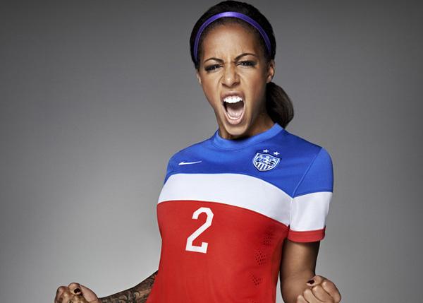 发布全新美国国家足球队客场队服