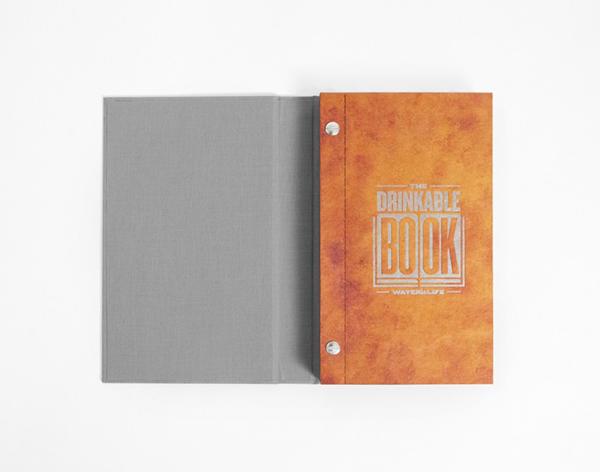 WATER is LIFE 携手科学家设计可饮用的书 The Drinkable Book | 理想生活实验室 - 为更理想的生活