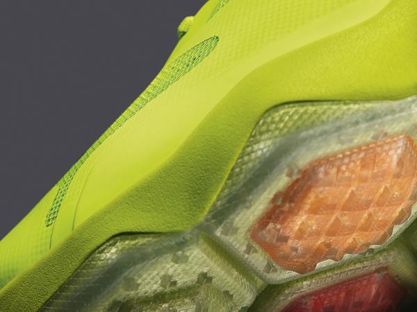 加入六边形 Zoom Air 缓震系统,全新训练鞋 Nike Zoom Hypercross 亮相 | 理想生活实验室 - 为更理想的生活