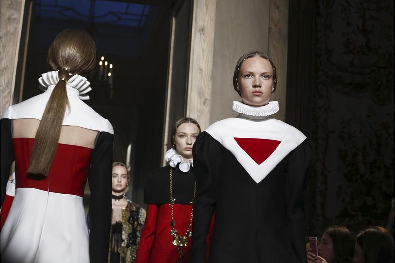 莎士比亚逝世 400 周年,Valentino 2016 秋冬高定纪念大文豪 | 理想生活实验室 - 为更理想的生活