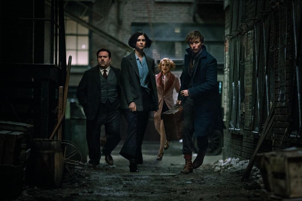 为了让《神奇动物在哪里》票房更好,华纳要把《哈利